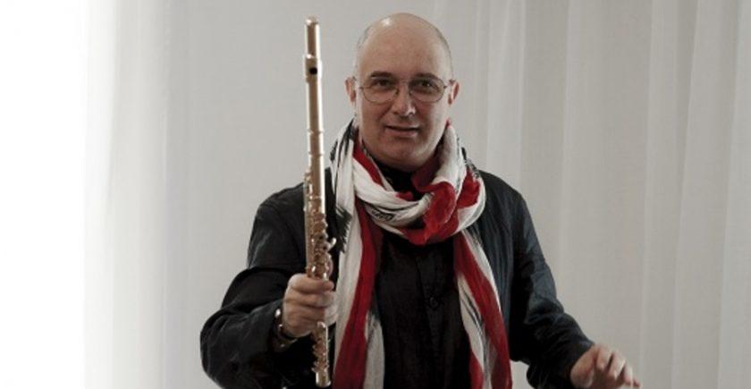 sala-radio:-chopin-interpretat-de-ion-bogdan-stefanescu-pe-un-flaut…-de-aur!