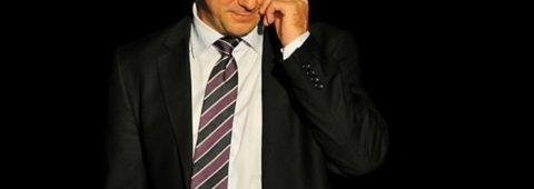 cum-se-descurca-actorii-in-perioada-de-pandemie?-cum-ar-putea-fi-organizat-un-spectacol-in-conditii-de-siguranta?-interviu-live-#deladistanta-cu-actorul-vlad-zamfirescu,-marti,-26-mai,-ora-12.00
