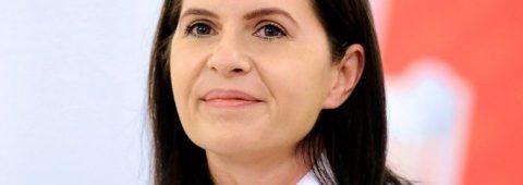 adriana-saftoiu,-despre-fotografia-cu-orban-si-ministrii:-imi-place-scuza-ca-toti-suntem-oameni…