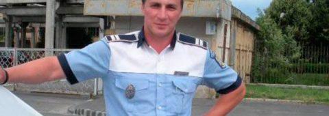Un poliţist cu umor şi talent de scriitor obligat de şefii săi săşi închidă contul de Facebook – RomaniaTV.net