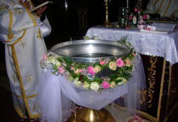 ritualul-botezului-nu-se-va-schimba,-a-hotarat-sinodul-bor-/-preotul-trebuie-sa-cunoasca-starea-de-sanatate-a-copilului