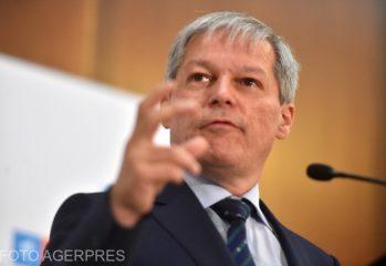 premierul-desemnat-dacian-ciolos-urmeaza-sa-depuna-la-parlament-programul-de-guvernare-si-lista-cabinetului